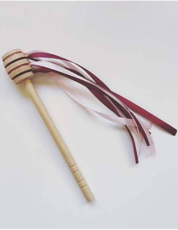 cuchara-miel-madera-papallona-rosa