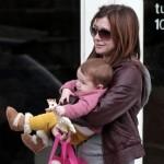 f 1 1275563610 150x150 - Sophie la Jirafa, el juguete que adoran los bebés de las celebrities