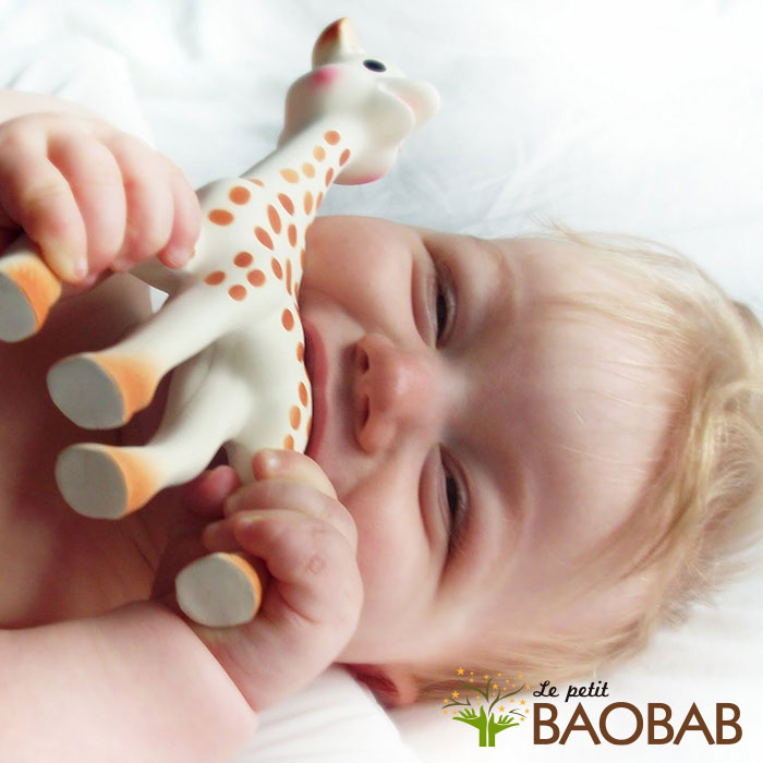Sophie la Jirafa, Sophie la Jirafa, el juguete 100% orgánico que estimula a tu bebé desde el primer día y calma sus encías, Le petit BAOBAB - BLOG